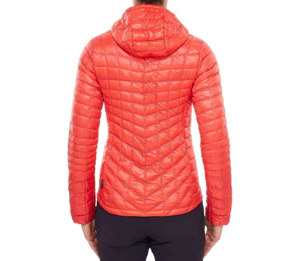 the north face thermoball damen primaloft jacke rot im online shop von keller sports kaufen. Black Bedroom Furniture Sets. Home Design Ideas