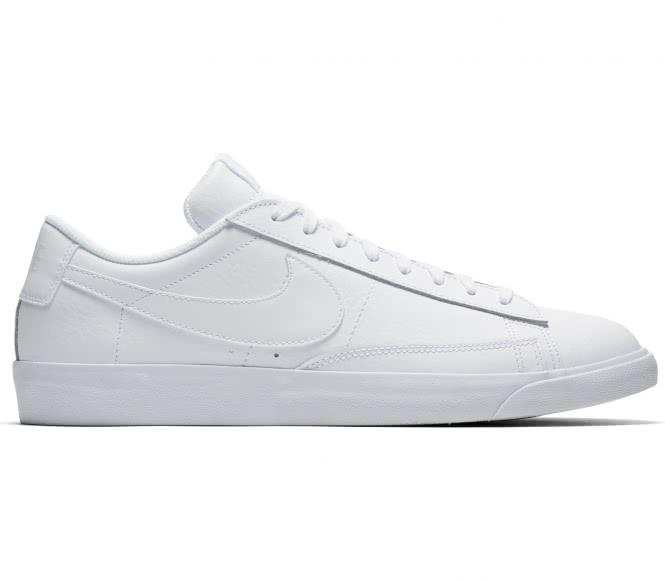 Nike - BLAZER LOW LE Herren Sneaker (weiß) - EU...