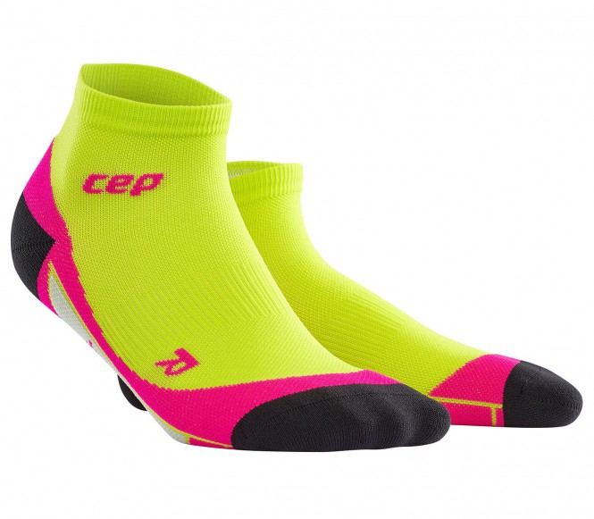 CEP - Short Damen Laufsocken (hellgrün/pink) - III